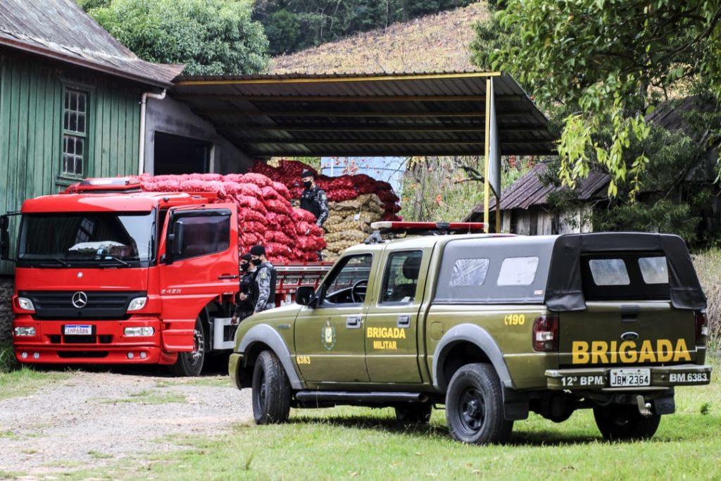 Polícia Militar recupera Atego, Daf e BMW S1000RR roubados