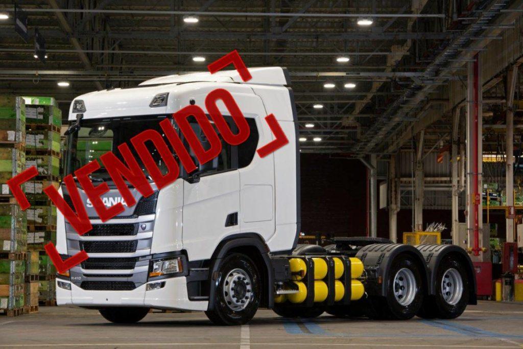 Scania anuncia venda de 12 caminhões movidos a gás