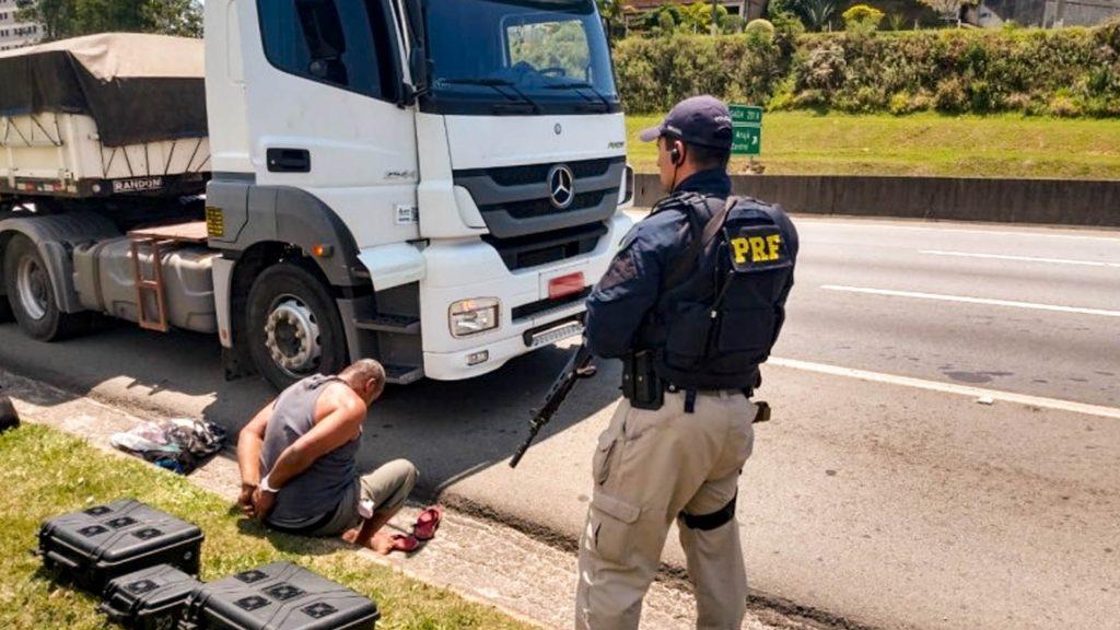 Roubos de carga caem 48% nas rodovias federais do Rio de Janeiro