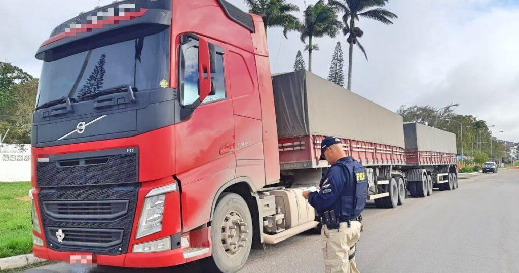 Atenção caminhoneiro: confira os horários de restrição nas rodovias federais para caminhões nesse feriado