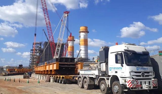 Carga superdimensionada de 680 toneladas e 106 metros é transportada na BR-135/MA