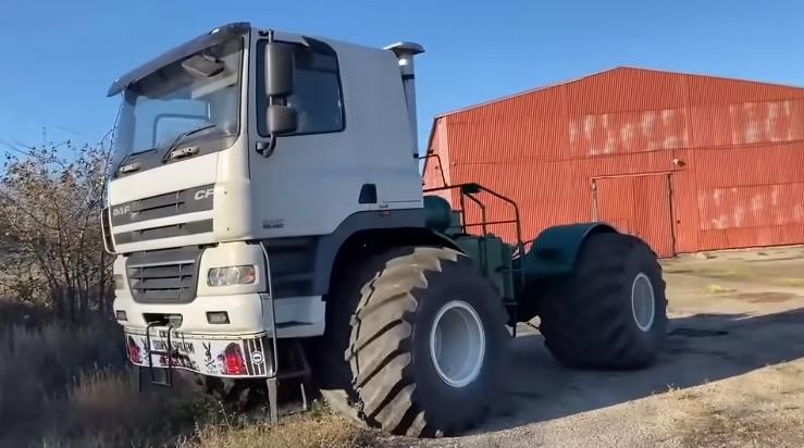 DAF CF é transformado em super trator na Ucrânia